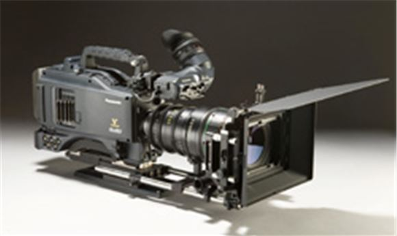 PANASONIC TO SHIP NEW P2 HD CAMCORDER