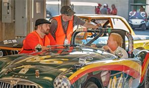 Bulltiger produces, posts 'Vintage Racer'
