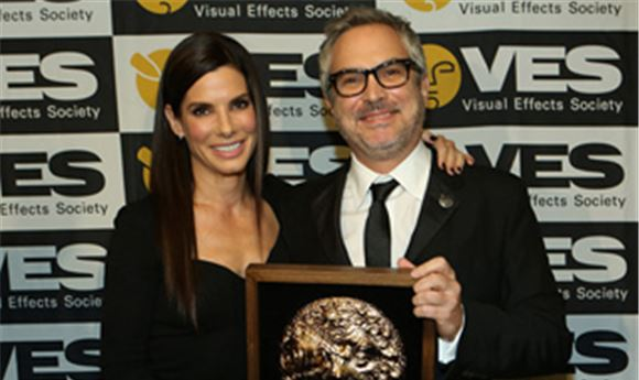 'Gravity,' 'Frozen,' 'Game of Thrones' honored at VES Awards