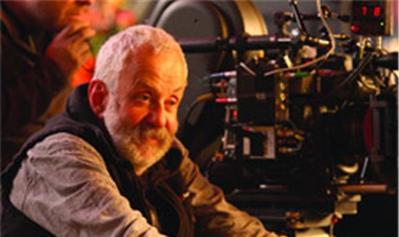 Director's Chair: Mike Leigh's  'Another Year'